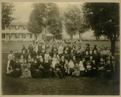 Richard Henry Pratt with school employees and their families [version 2], 1886
