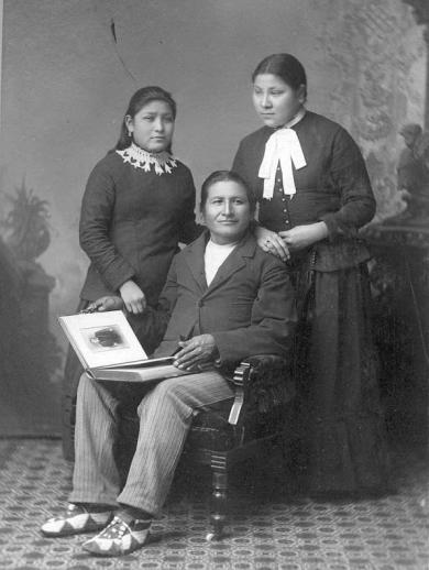 Cook, Grace Cook, and Hope Blue Teeth, c.1884