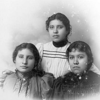 Eva Rogers, Rosalie Doctor, and Jeanette Rice, c.1895