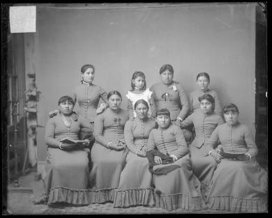 Ten unidentified female Sioux students, c.1885