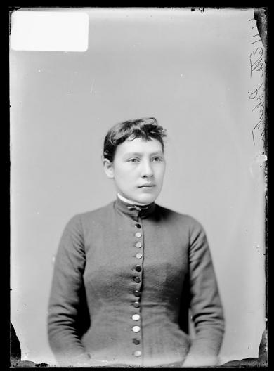 Etta Robertson [version 1], c.1887