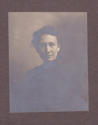 Nellie Robertson Student File