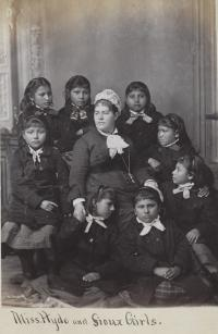 Teacher Mary Hyde and eight female students [version 2], c.1880