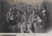 Thirteen Pawnee students, c.1883