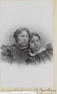 Nellie Wentworth and Agnes Lovejoy, c. 1899