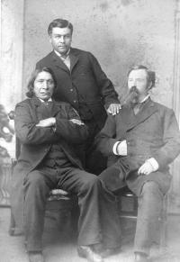 Red Cloud with Agent Townsend and a male student [version 2], 1883