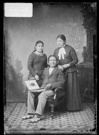 Cook, Grace Cook, and Hope Blue Teeth [version 1], c.1884