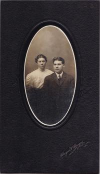 Edwin A. Smith and Lucy N. Jones, c.1909