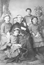 Dessie Prescott, Jennie Lawrence, Nellie Robertson, and Katie La Croix with Sarah Mather, c.1881